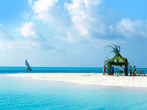 The palm-fringed white sands, clear waters and tropical plant life of Maldives  is extremely seducing for couples. By providing the ideal setting for wedding, the islands are a top destination as a large number of couples get married every year.