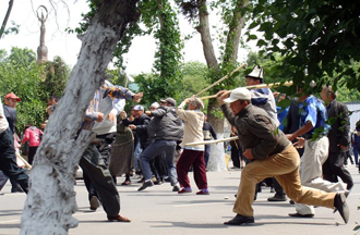 Kyrgyzstan Ethnic Riots Claim Up To 40 Lives