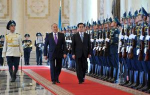 Official reception of Chinese President Hu Jintao by Kazakhstan President Nursultan Nazarbayev in Astana, Kazakhstan, on June 12 2010 (http://www.akorda.kz)