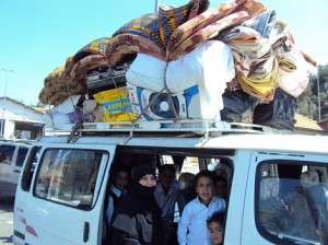 Palestinian refugees from Syria at Masnaa crossing on April 20, 2013 (Photo couresty of the author)