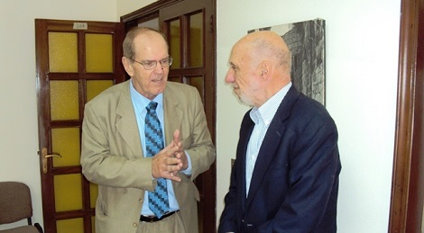 Lebanon Greets the Special Rapporteur for Palestine, Richard Falk, With an Ear Full