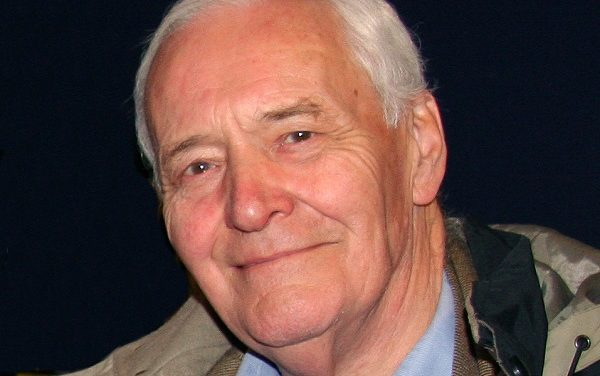 A Kuffiya for Tony Benn: The British Warrior Who 'Matured with Age'