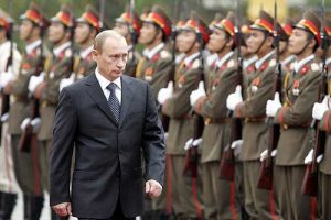 Russian President Vladimir Putin on a visit to Vietnam in 2006 (Photo: The Kremlin)