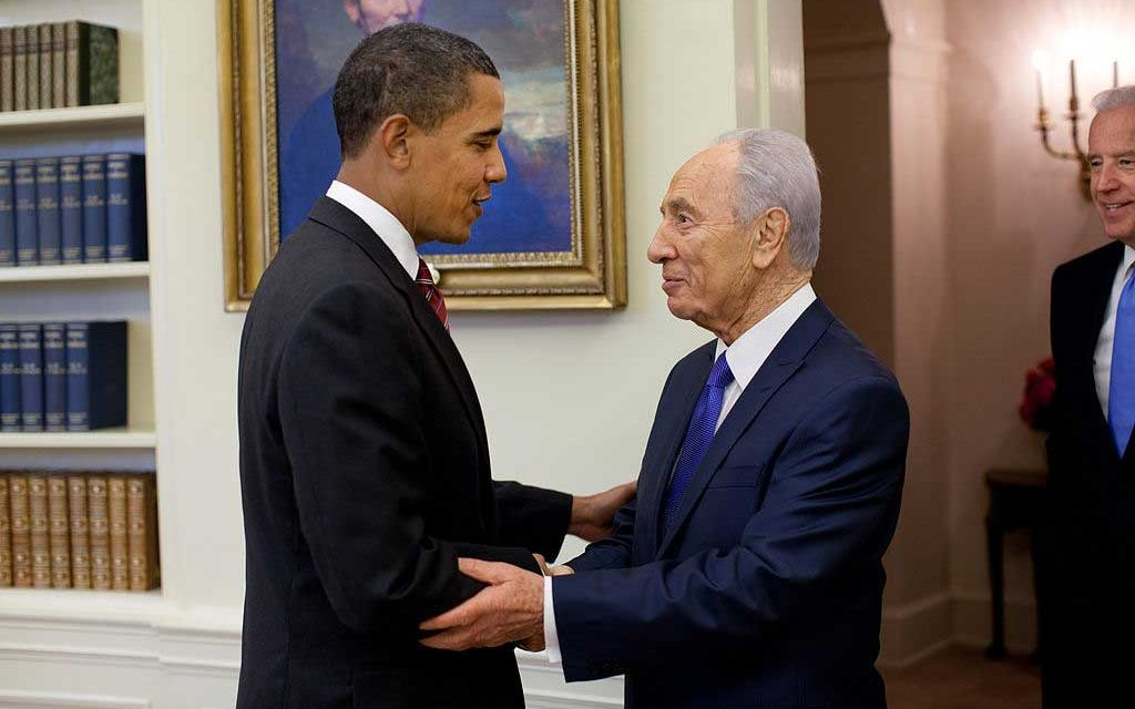Shimon Peres Was No Nelson Mandela