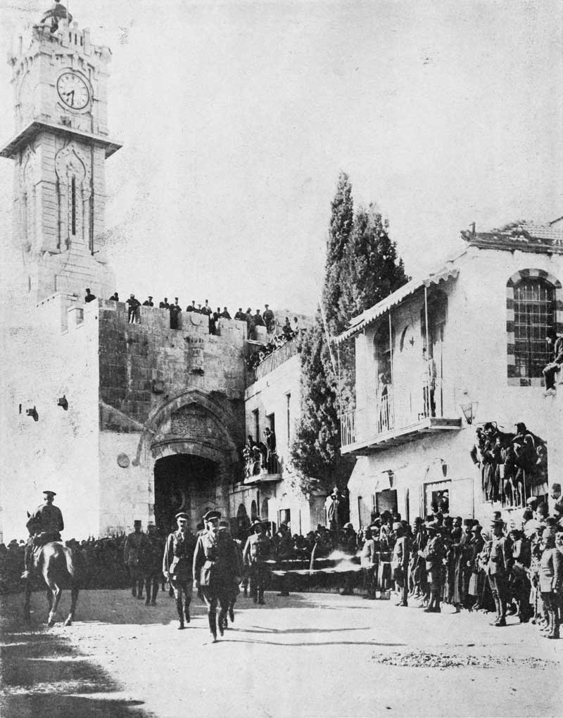 British General Sir Edmund Allenby entering conquered Jerusalem on December 11, 1917 (Public Domain)