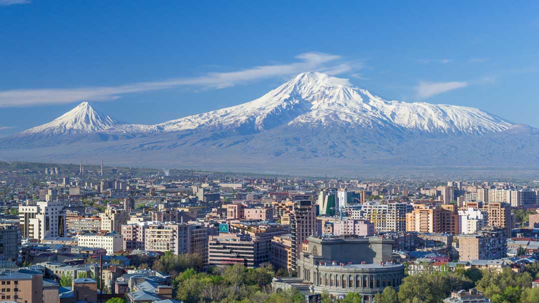 Armenia's People-Power Revolution, Russia, and the Western Bloc