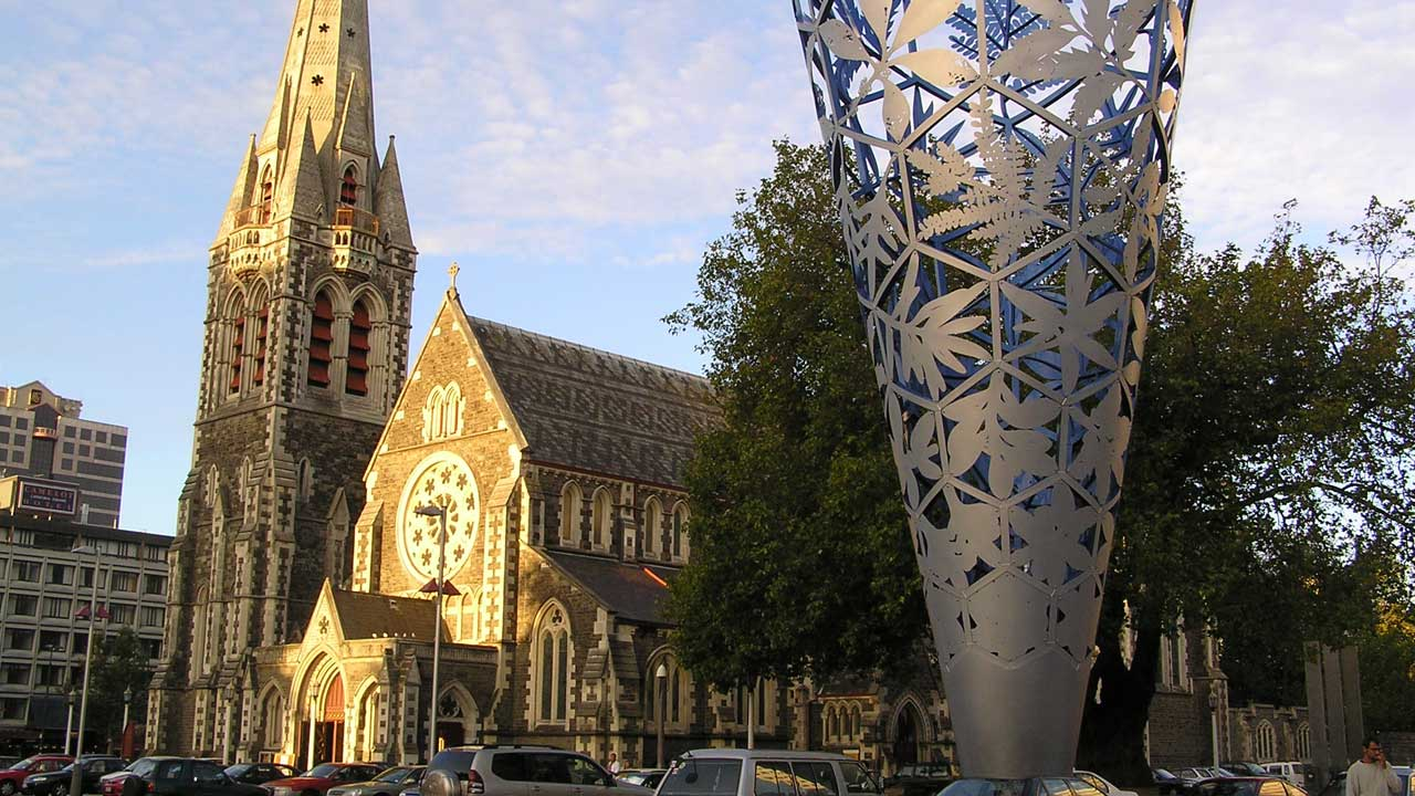 Christchurch Square, Christchurch, Nea Zealand (Mr. Tickle/CC BY-SA 3.0)